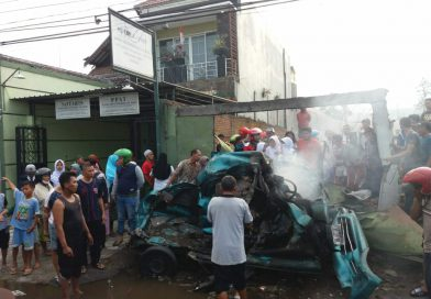 Kecelakaan Beruntun di Kepulungan Gempol, 3 Orang Tewas Terpanggang
