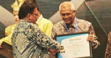 Kota Probolinggo Raih Anugerah Kepatuhan 2018 dari Ombudsman Republik Indonesia