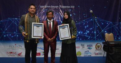 Veve Zulfikar Pemain Film The Santri Raih Kabarpas Award 2019