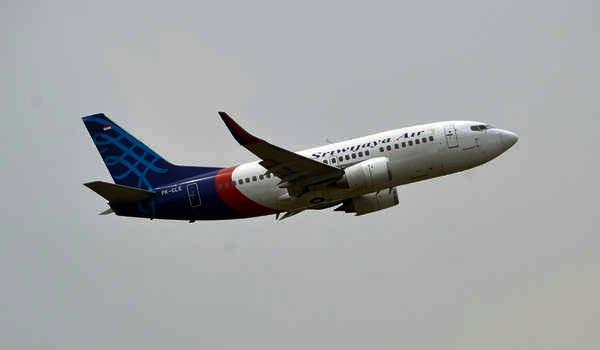Breaking News! Pesawat Sriwijaya Air Rute Jakarta – Pontianak Jatuh di Dekat Pulau Laki
